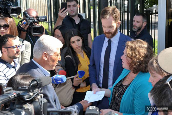 Knyaz Hasanov the Kurdish member of the Armenian parliament delivers letter to representatives of the U.S. Embassy in Armenia on Oct. 15