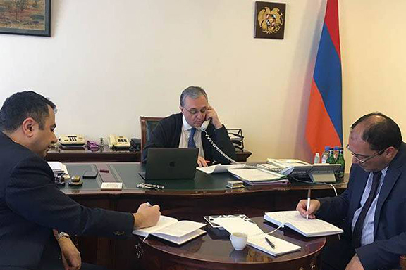 Armenia's Foreign Minister Zohrab Mnatsakanyan on a phone call with his Iranian counterpart Javad Zerif