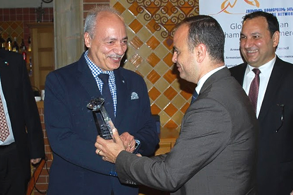 Yervant Zorian (left) received the 2019 Investor in Armenia Award