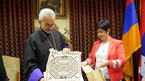 Narine Aghabalyan, Minister of Education, Science, and Sport, presented a hand-woven carpet to Prelate Mardirossian